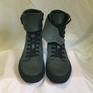 All saints gray suede boots